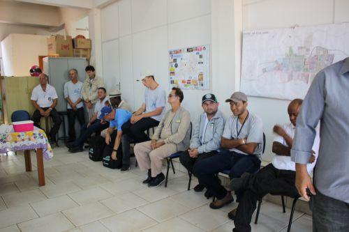 Equipe da vigilância ambiental no controle da dengue participa de treinamento