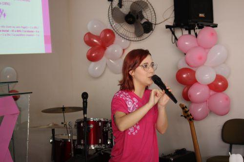 Secretaria de saúde realiza palestra sobre câncer de mama