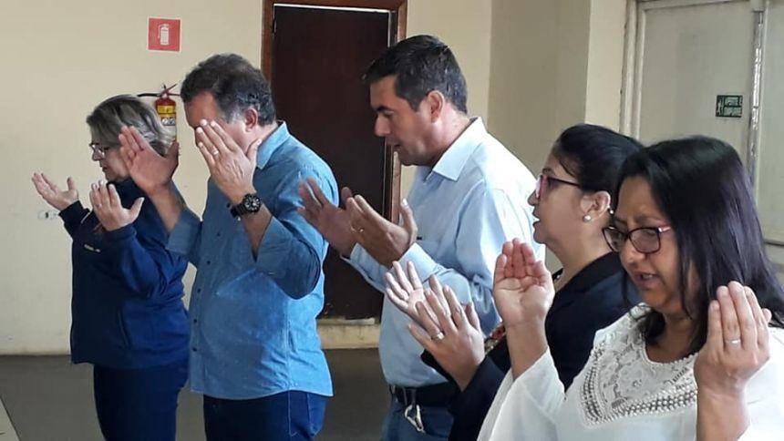 Depois das férias escolares professores recebem capacitação em Faxinal