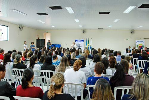 Faxinal promove formação continuada para professores e servidores da rede municipal