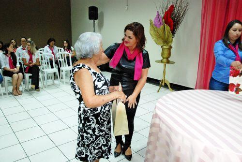 Dia da Mulher é comemorado com show de louvor em Faxinal