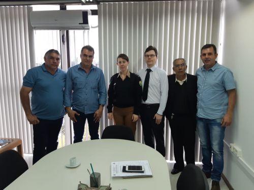 Em visita na Secretaria de Segurança Pública, prefeito Gallo cobra mais efetivo e ações no combate ao crime em Faxinal