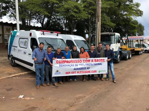 RENOVAÇÃO DA FROTA - Prefeitura adquire Carreta Prancha, Ônibus, Ambulância e Van