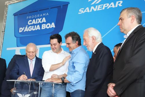 Faxinal é contemplado pelo Governo do Estado com o Programa Caixa d′Água Boa