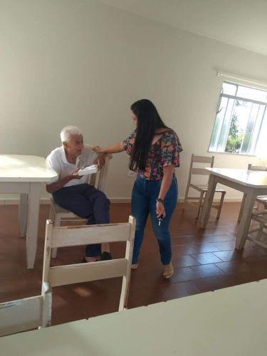 Centro de Convivência Municipal entrega mimos de Páscoa para idosos do Lar Pastor Santiago e Lar São Vicente de Paulo