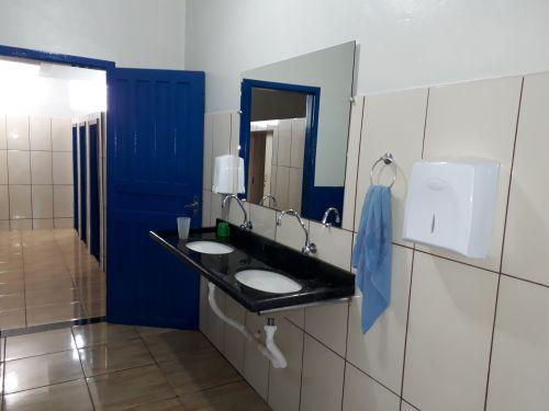 CECOM -Centro de Convivência Municipal de Faxinal com salas novas