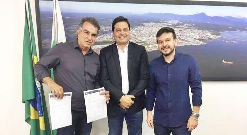 Prefeito Gallo busca recursos para o município em Curitiba