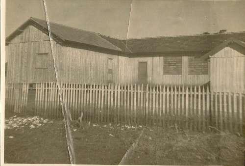 Foto do 1º Grupo Escolar Regente Feijó – 1956.
