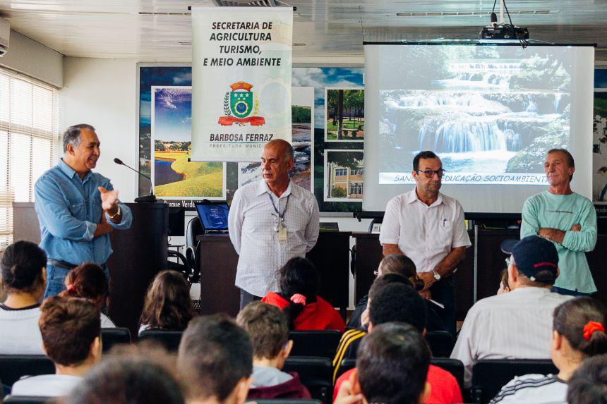 Palestra sobre Preservação Ambiental.