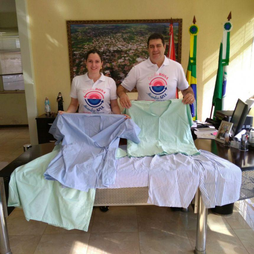 Prefeitura entrega roupas para o centro cirúrgico