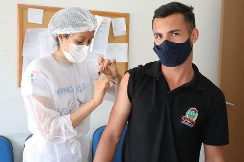 Vacinação dos nossos jovens de 18 anos +.