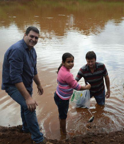 Somos todos amigos do rio