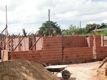 Construção de Unidade Básica de Saúde do bairro Vila do Roque