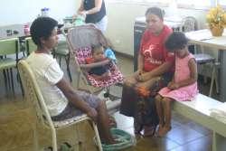 CRAS promove curso de manicure