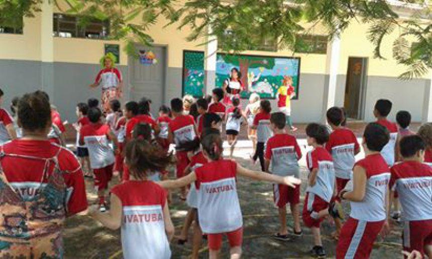 Volta às aulas na Escola Municipal Afrânio Peixoto.