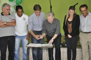 Visita dos deputados Edmar Arruda e Paranhos