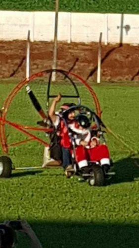 Natal em Ivatuba tem início e reúne centenas de pessoas