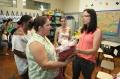 Entrega dos uniformes aos alunos da rede municipal de ensino