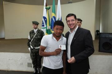 Jovens recebem Certificado de Dispensa de Incorporação (CDI)