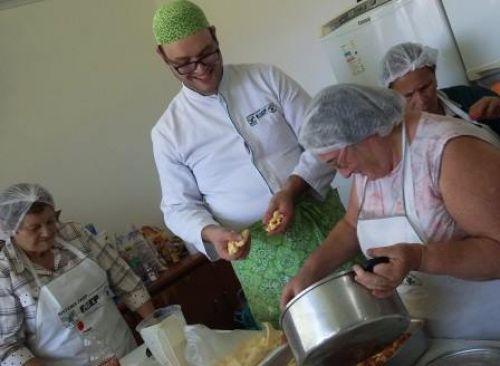 CRAS realizou curso de Derivados de Milho
