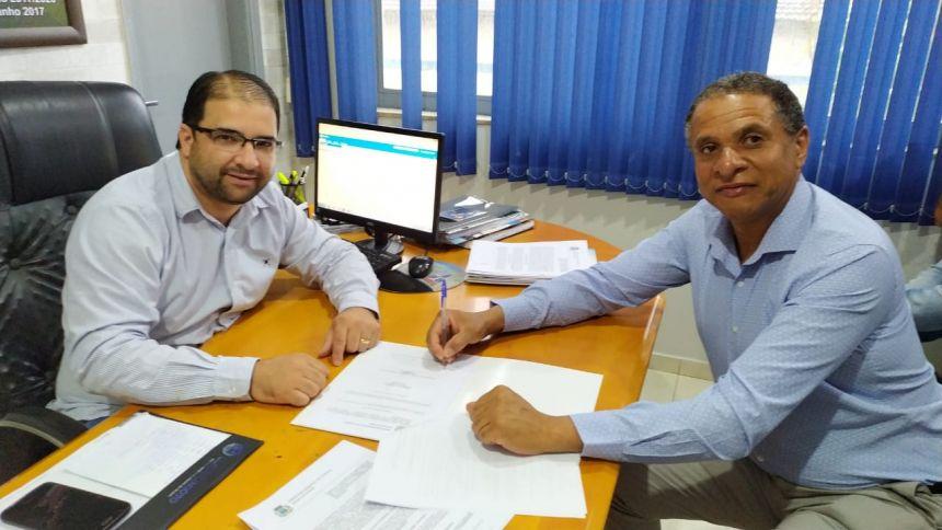 Prefeitura de Floresta Firma Parceria com o IAP (Instituto Adventista Paranaense)