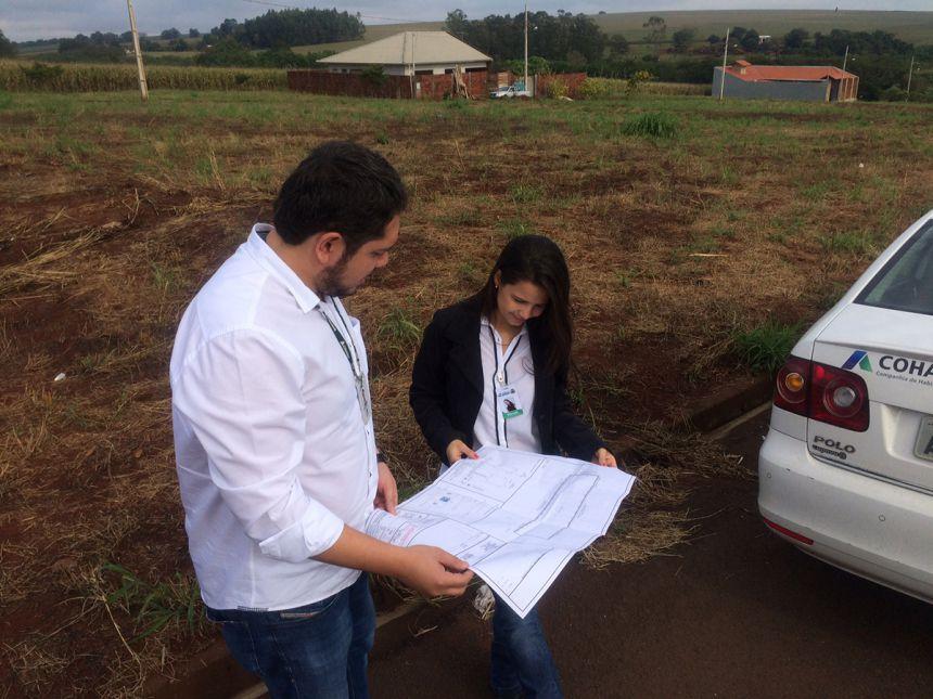 Regional de Maringá acompanha projetos habitacionais de Floresta