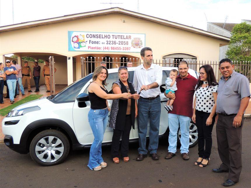 Conselho Tutelar Recebe Carro Okm e Novos Mobiliários