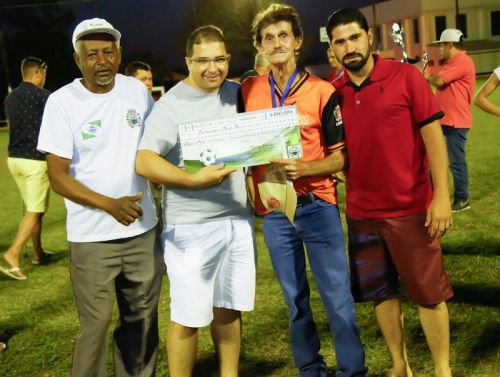Equipe Carga Pesada vence 1º Campeonato Municipal Suíço Livre