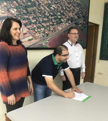 Prefeitura Assina Contrato com o Programa União Faz a Vida.