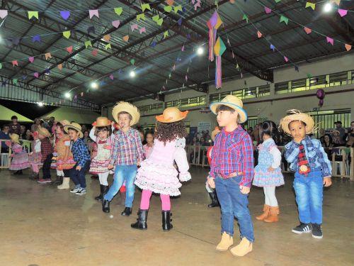10ª Festa da Leitoa Grelhada Dupla Face Prato Típico de Floresta