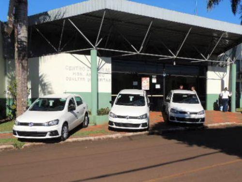 Prefeitura recebe 3 novos carros para atender a saúde