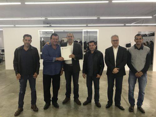 MUNICÍPIO DE ITAMBÉ faz a entrega de barracão industrial para a empresa RECCO RECCO & CIA LTDA