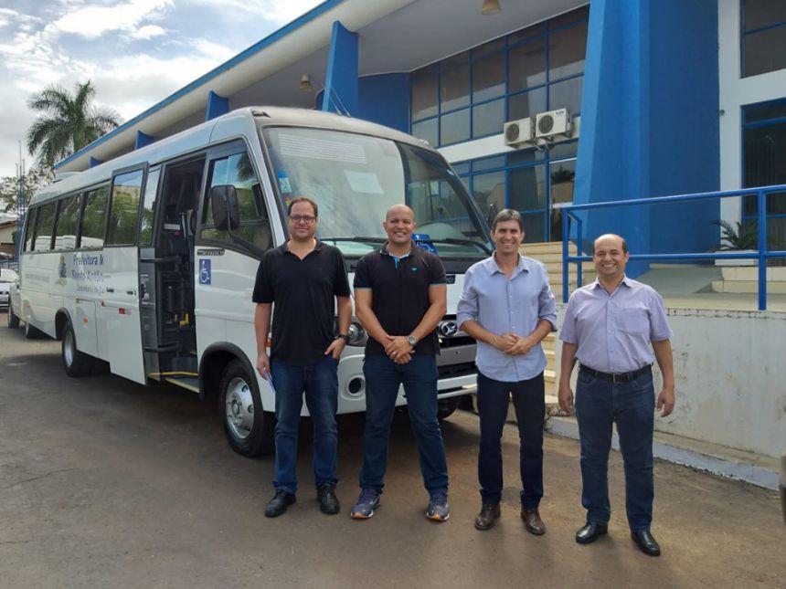 Secretaria Municipal de Esportes recebe Micro-Ônibus 0 km