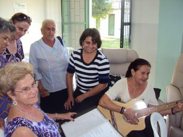 Secretaria Municipal de Assistência Social realiza evento para idosas