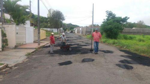 PREFEITURA EM AÇÃO - TAPA BURACOS