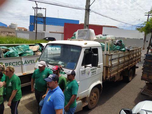 Multirão de limpeza em prol do Combate a Dengue