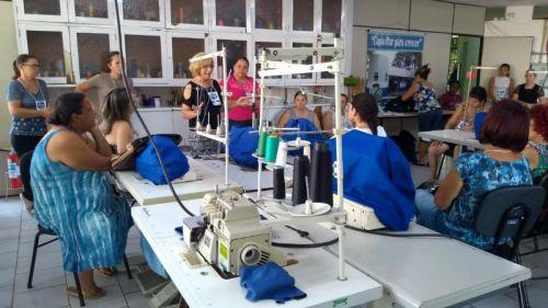 INICIADA PRODUÇÃO DE BIOJOIAS EM SANTO ANTÔNIO DA PLATINA Peças são confeccionadas por mãos platinenses