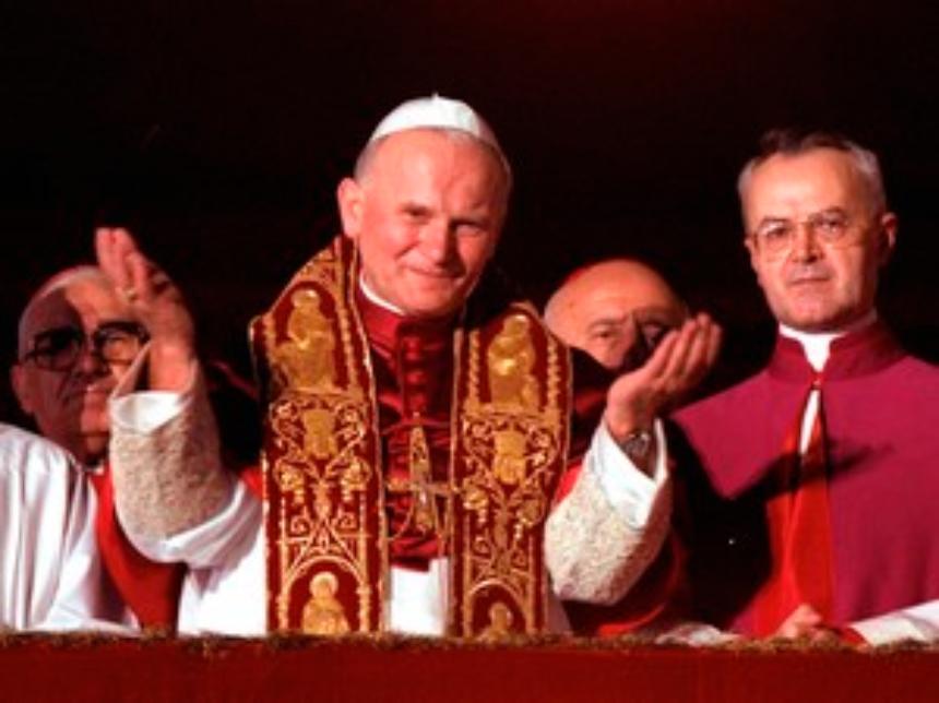 Ampola com sangue de João Paulo II é roubada de igreja na Itália