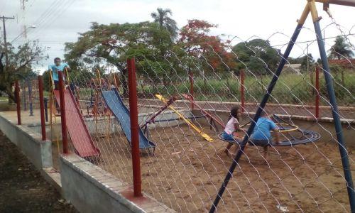 Parquinho Infantil em Paranagi