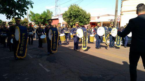 Desfile de 7 de Setembro em Sertaneja