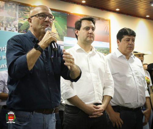 Visita do Governador Carlos Massa Ratinho Junior em Sertaneja