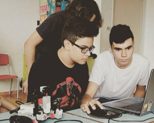 Minicurso de lógica de programação para crianças e adolescentes