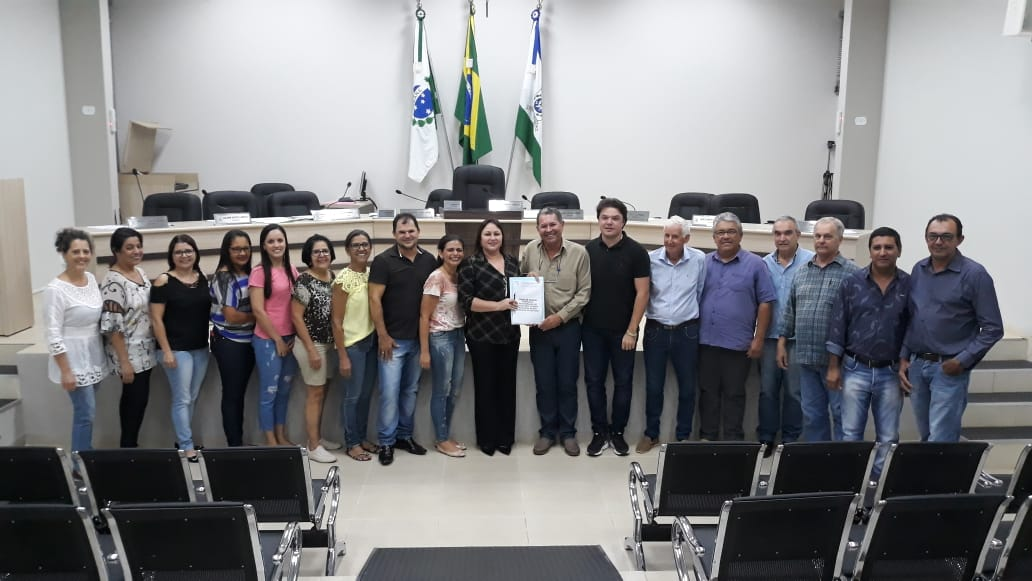 NOVO PLANO DE CARREIRA É APROVADO AOS PROFISSIONAIS DE EDUCAÇÃO.