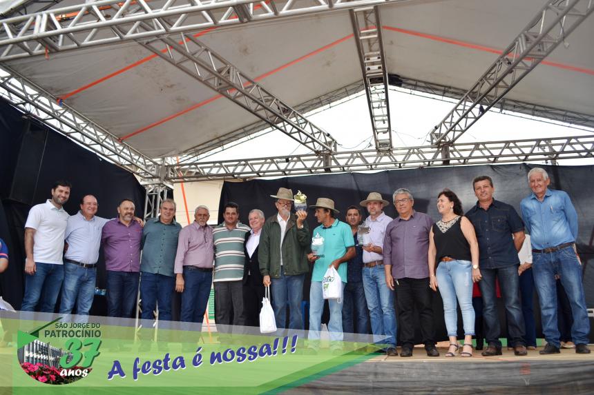 TALENTOS LOCAIS, PRODUTORES E EMPREENDEDORES SÃO DESTAQUE NO ANIVERSÁRIO DE SÃO JORGE DO PATROCÍNIO