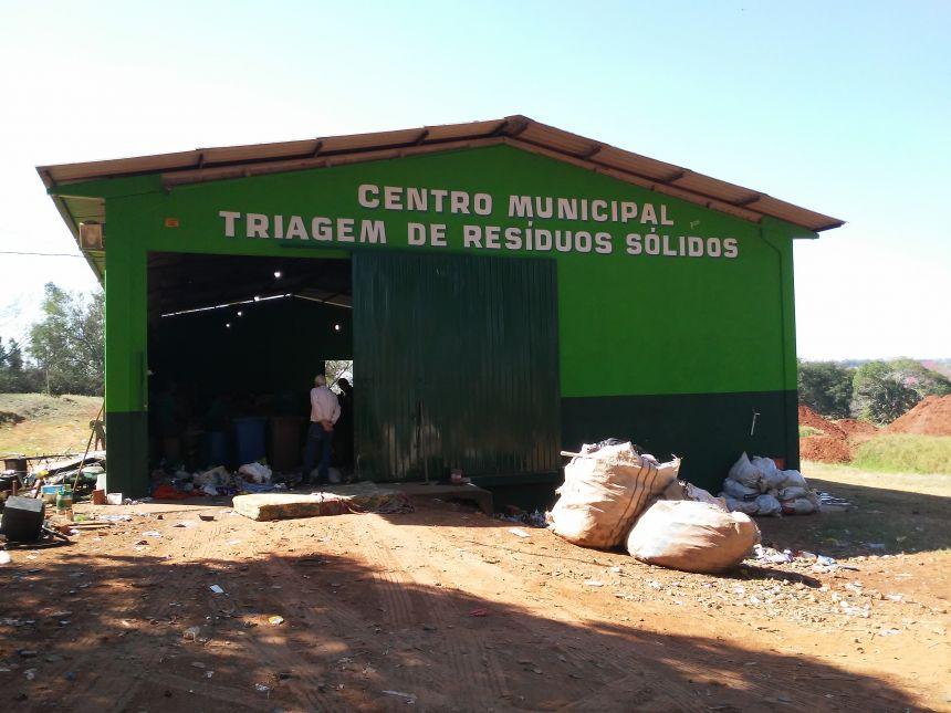 CENTRO DE RECICLÁVEIS PASSA POR REFORMA E AMPLIAÇÃO É ANUNCIADA
