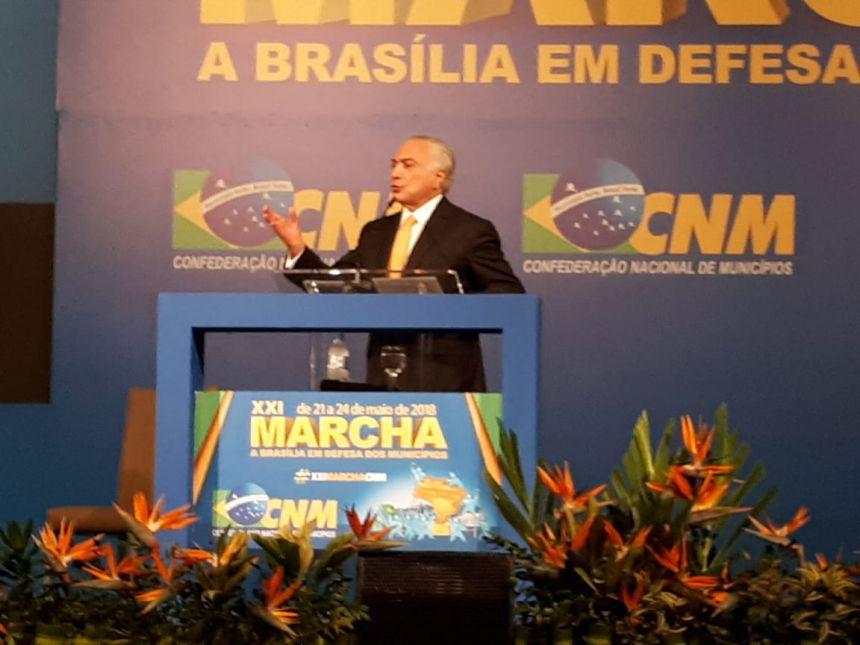 BARALDI PARTICIPA DA MARCHA DOS PREFEITOS EM BRASÍLIA E REUNE-SE COM LIDERANÇAS