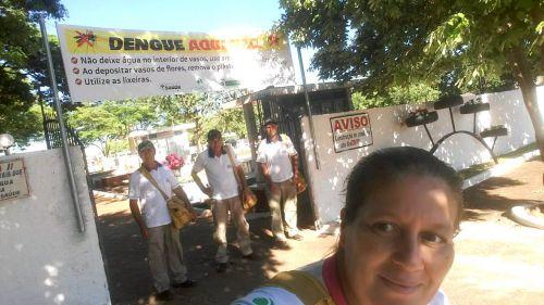 AGENTES DE ENDEMIAS REALIZAM INSPEÇÃO NO CEMITÉRIO APÓS FINADOS