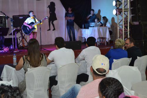 HUGO FERNANDES E TIAGO VENCEM O VII FEST MUSIC