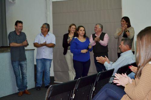 AGENTES COMUNITÁRIOS DE SAÚDE RECEBEM CERTIFICADOS