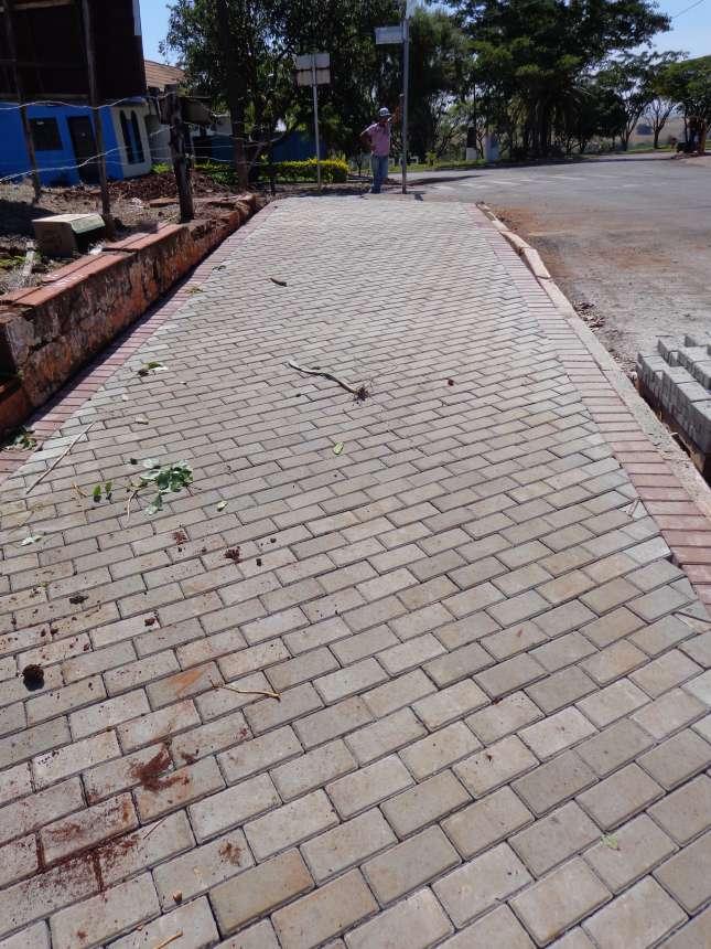 Prefeitura de Le�polis Inicia Projeto Cal�adas Paran�
